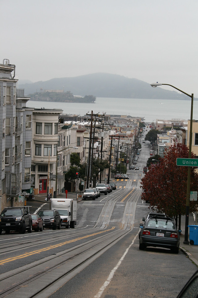 Feb. 19/08 - Looking down Mason St. (at Green St.) to The Embarcadero, San Francisco