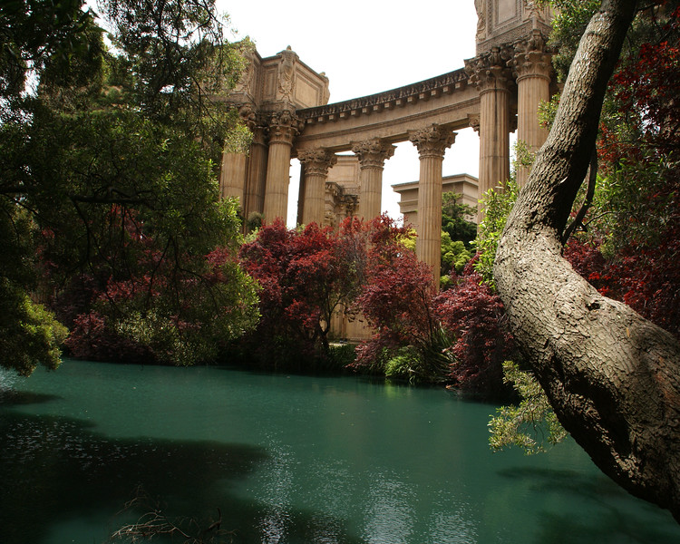 Pond and Palace of Fine Arts
