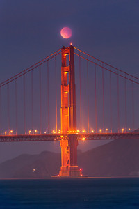 Golden Gate North Tower total lunar eclipse 2