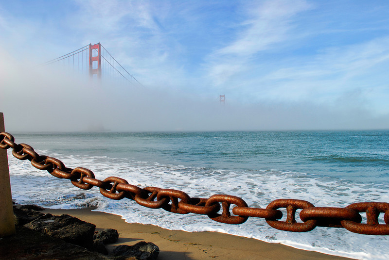 Golden Gate shrouded in fog