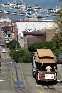 IMG_3020 Cable car heading to pier 39