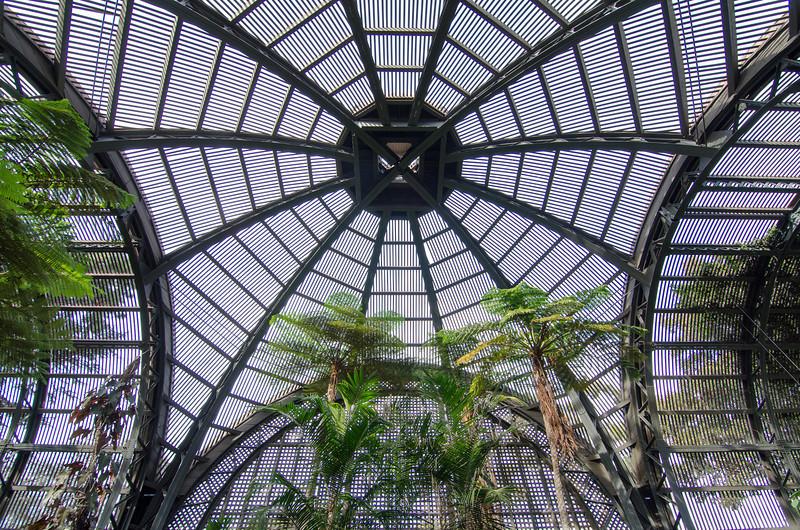 "<span id=""title"">Botanical Building</span> <em>Balboa Park</em>"