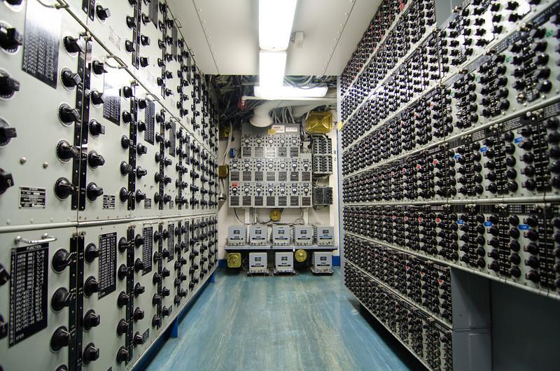 "<span id=""title"">Electronics</span> <em>USS Midway Museum</em>"