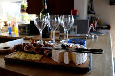 a nice little afternoon snack of cheese and figs
