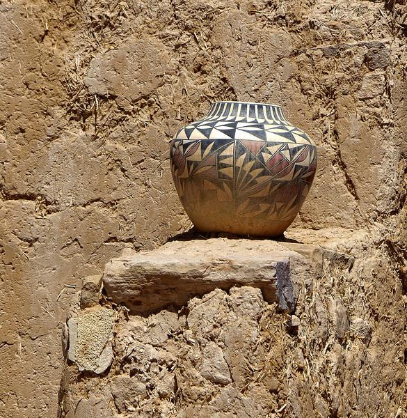Traditional Acoma Pueblo pottery