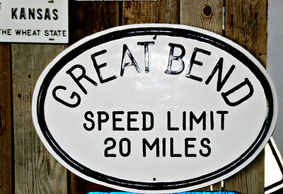 Speed Limit Great Bend  s  V0010226