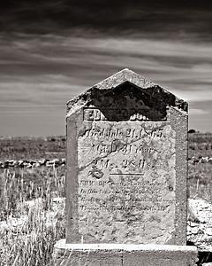 tombstone June 2004 Colorado Bents fort CRW_6713