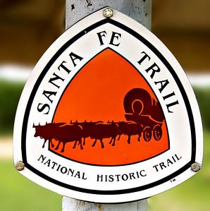 1712 Santa Fe Trail sign