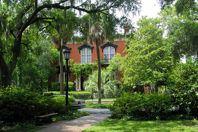 Mercer House, the main setting for Midnight in the Garden of Good and Evil.