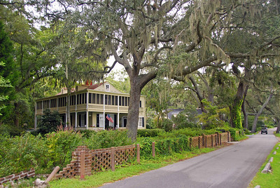 The following pictures are from Isle of Hope, between Savannah and Tybee Island.