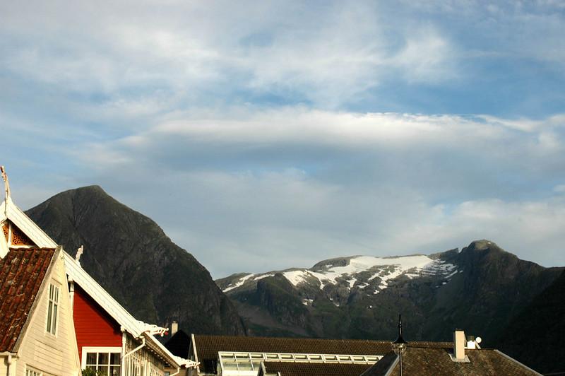 Viking dragon detail on visitor's center roofline in Balestrand.