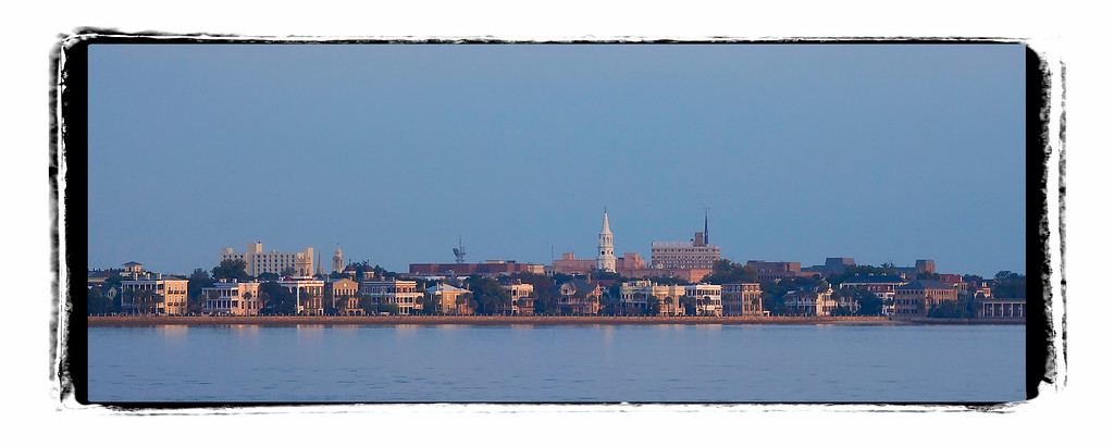 Panoramic cityscape of Charleston, SC.