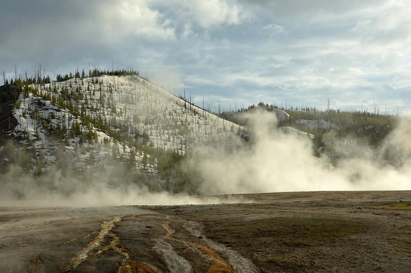Midway Geyser Basin,Yellowstone
