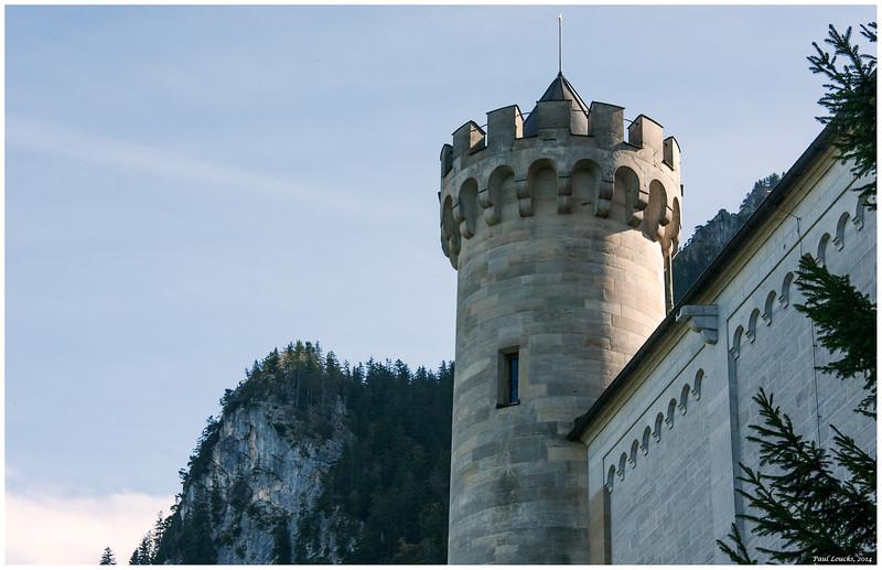 Corner turret