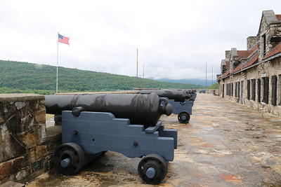 More Canon atop the fort
