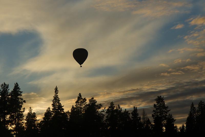 Ballon über der Taiga