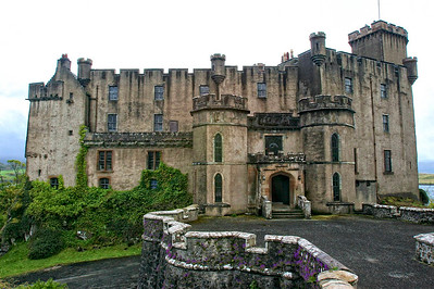 Dunvegan Castle, home of the Clan MacCleod  http://www.dunvegancastle.com/content/default.asp
