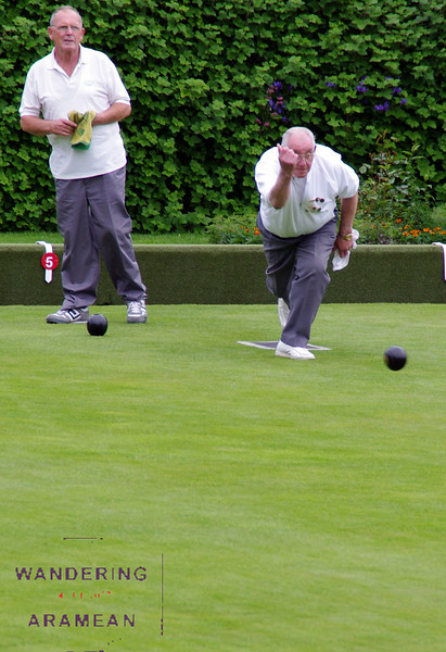 A quiet afternoon of lawn bowling