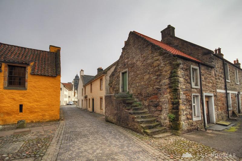 Culross town