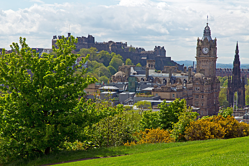 Edinburgh Castle, built on an extinct volcano, dominates the city.