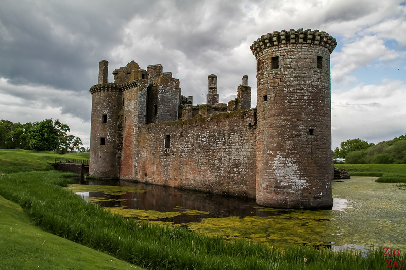 Caerlaverock Castle Scotland - outside 3