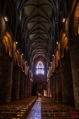 Inside Kirkwall Cathedral St Magnus 3