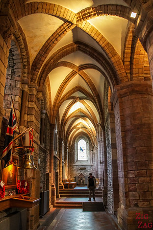 Inside Kirkwall Cathedral St Magnus 4