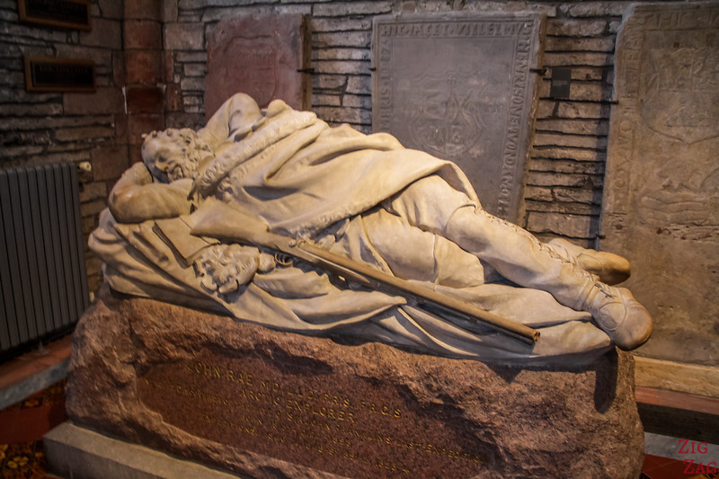 Sculptures Kirkwall Cathedral St Magnus 1