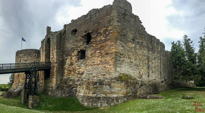 Dirleton Castle Scotland Facade 1