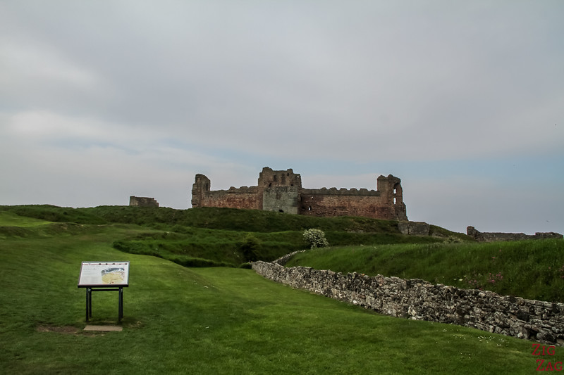 Approaching Tantallon Castle 3
