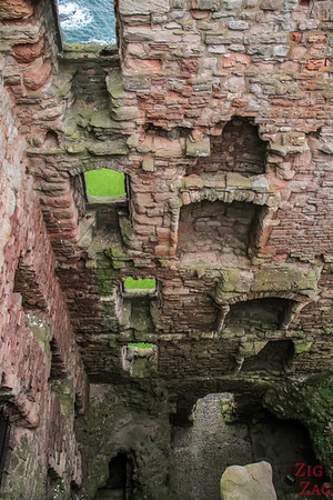 Top of Tantallon Castle Scotland 5