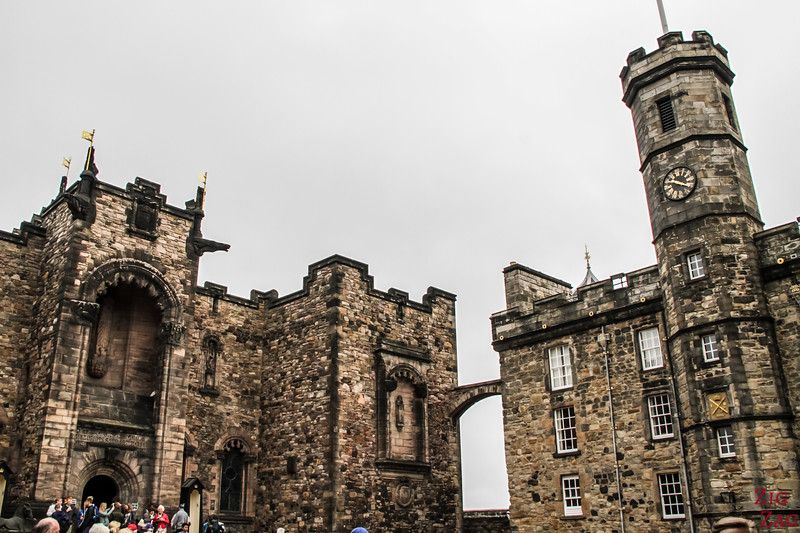 Visit Edinburgh Castle Scotland - Upper buildings3