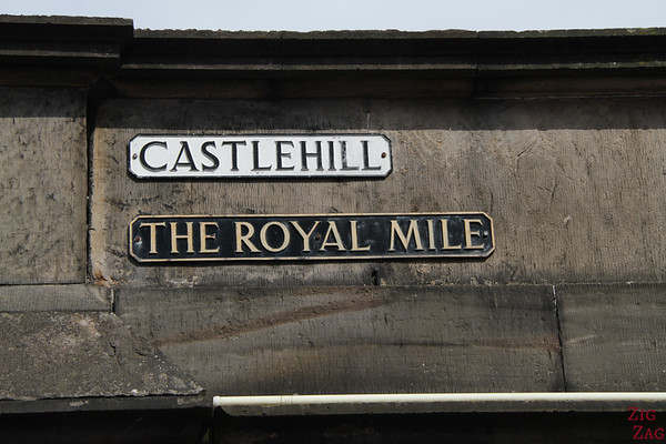 Street sign the royal mile edinburgh