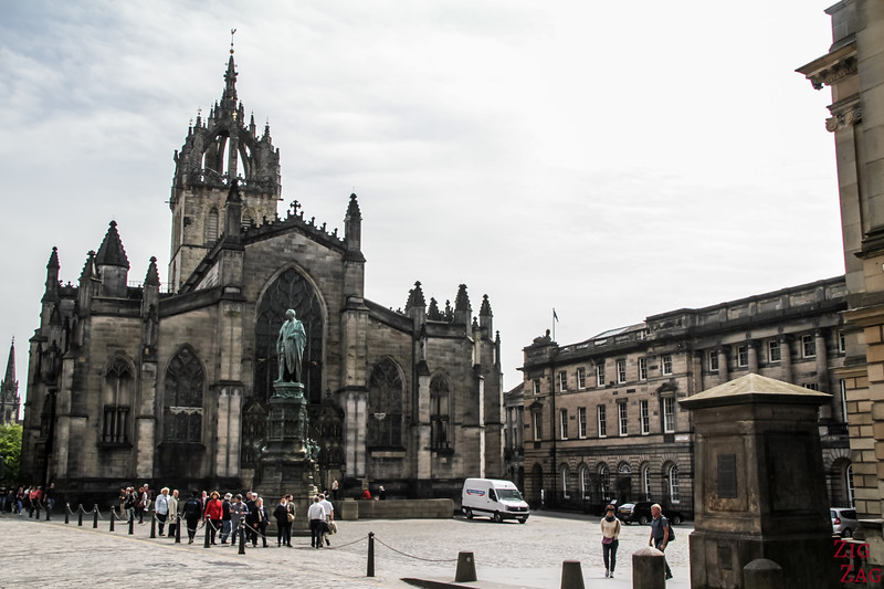 outside of St Giles Edinburgh Cathedral 1