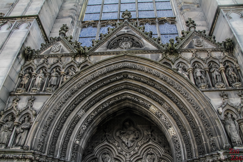 entrance of St Giles Edinburgh Cathedral 1