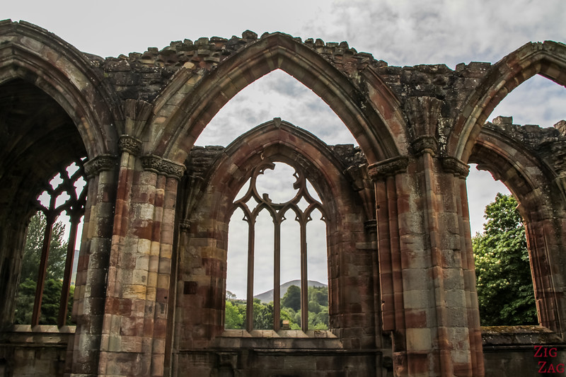 Merlose Abbey arches 3