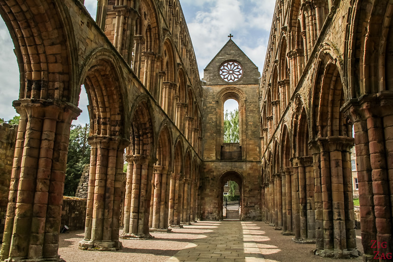 Top Scotland Attractions Historical sites - Jedburgh Abbey