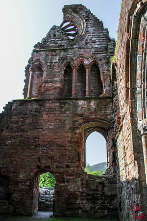 Sweetheart Abbey Scotland - exploring the ruins 3