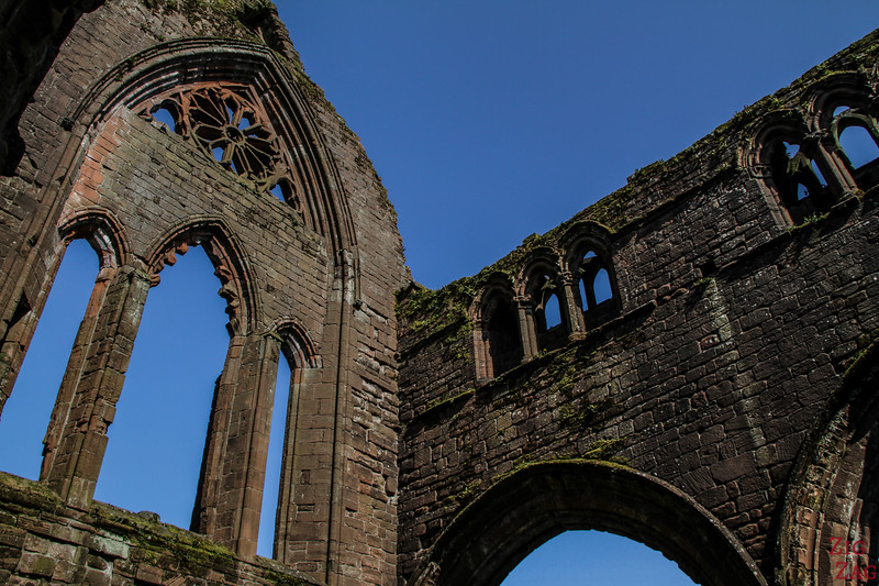 Sweetheart Abbey Scotland - exploring the ruins 7