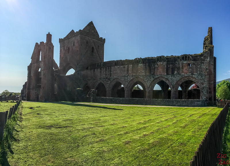 Sweetheart Abbey Scotland - Outside 1