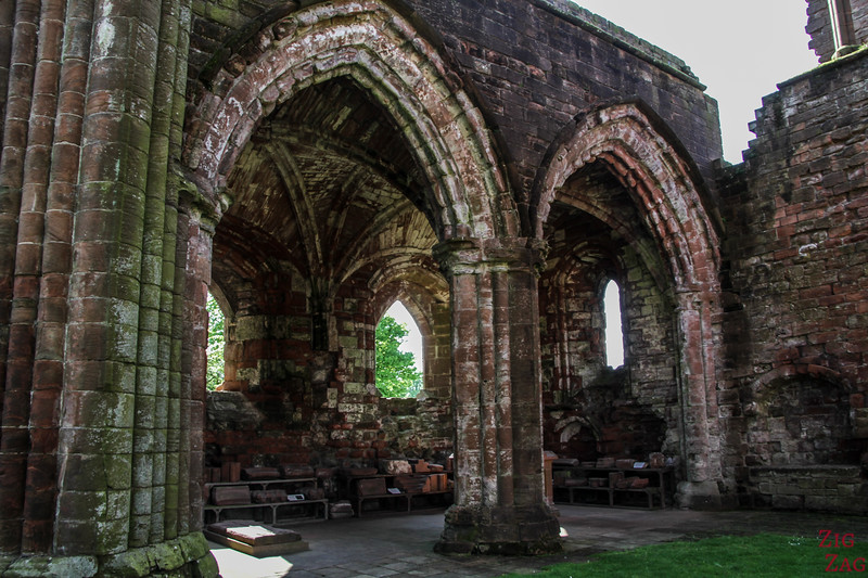 Sweetheart Abbey Scotland - exploring the ruins 8