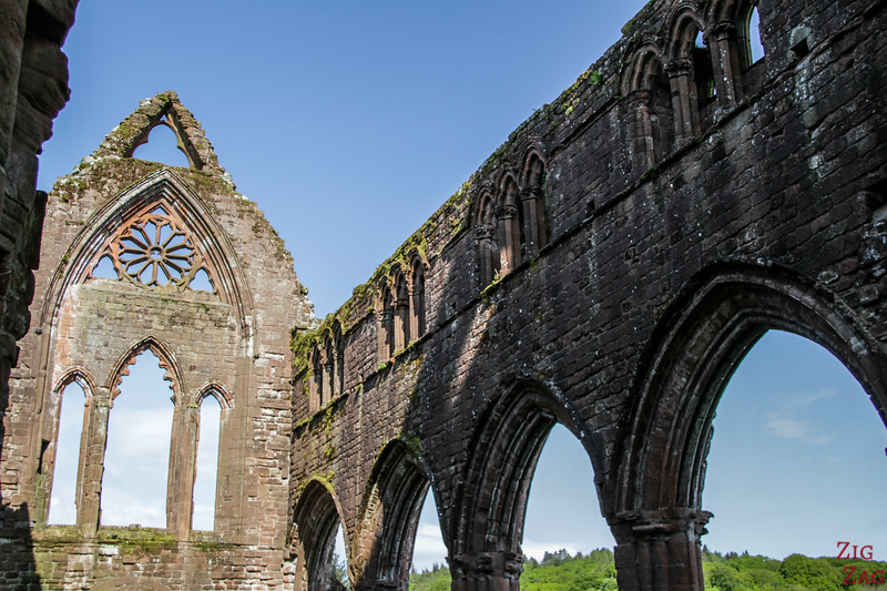 Sweetheart Abbey Scotland - exploring the ruins 2
