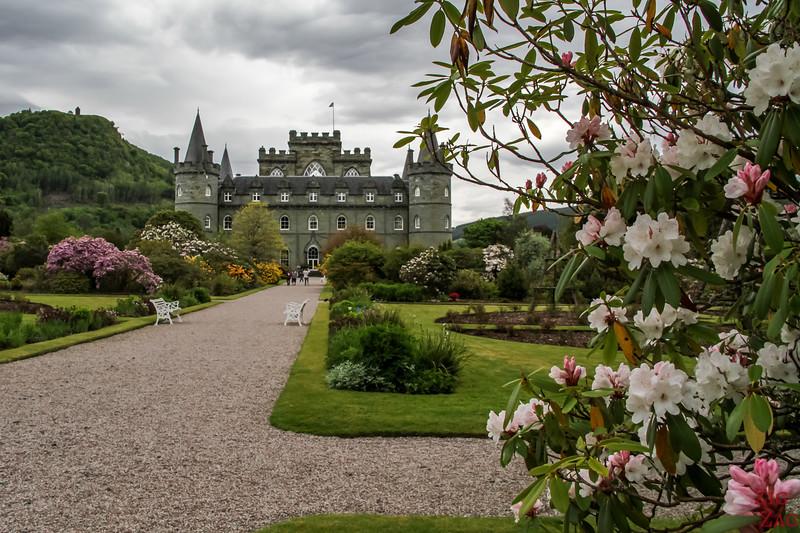 Inveraray Castle garden