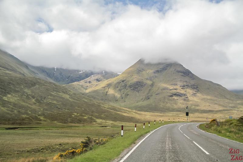 Between Loch Cluanie and Glen Shiel 1
