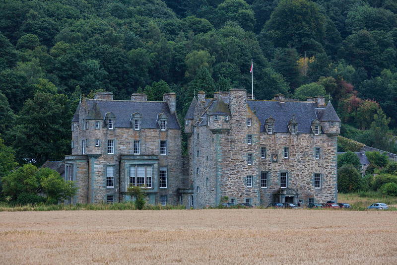 Castle Menzies, another view