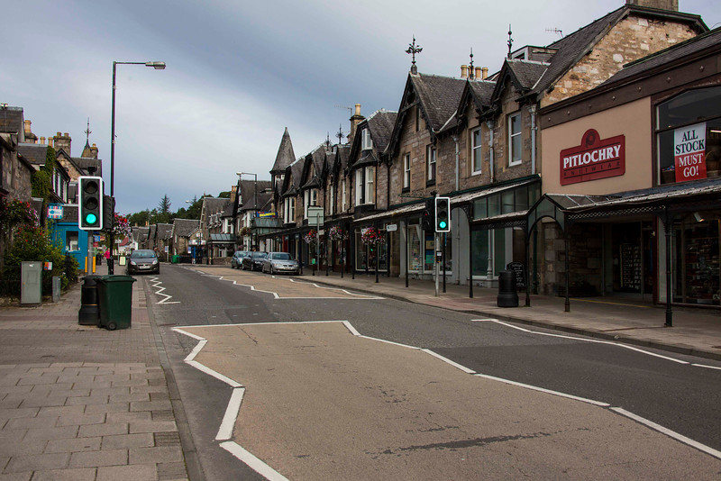 Downtown Pitlochry (population 2,439, give or take), our last overnight before returning to Glasgow for the flight home.