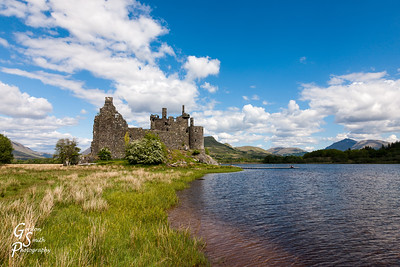 Kilchurn castle and Lake