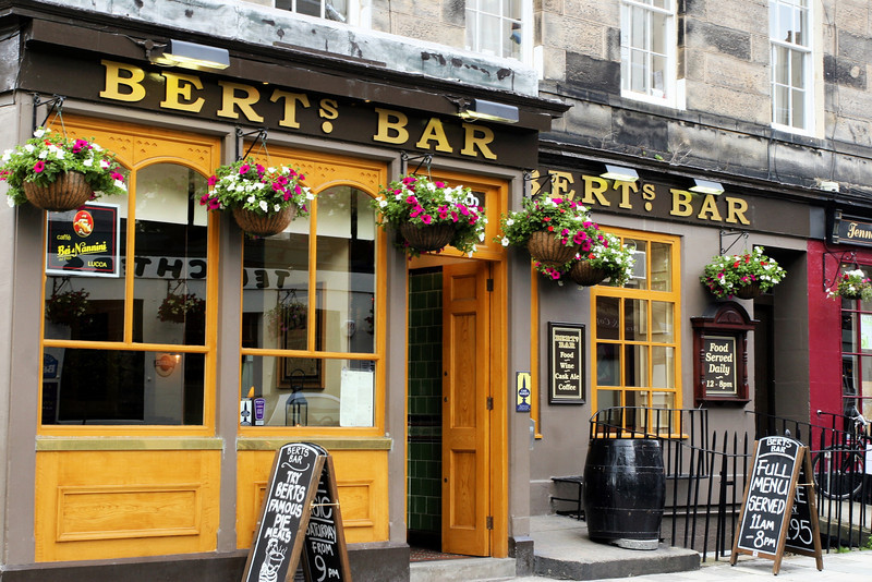 nothing beats Scottish pubs!