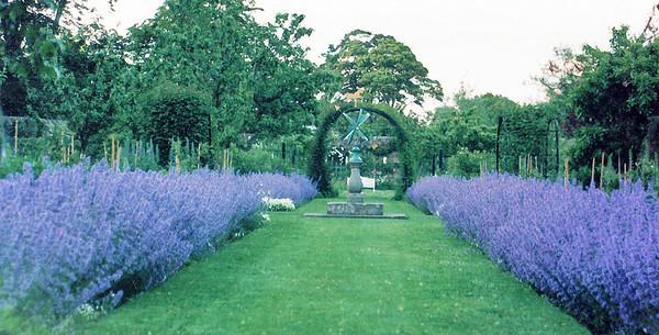 Lavender Kellie Castle St Andrews East Newkt of Fyfe Scotland - Jun 1996