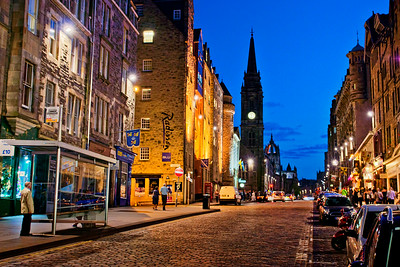 Royal Mile at dusk